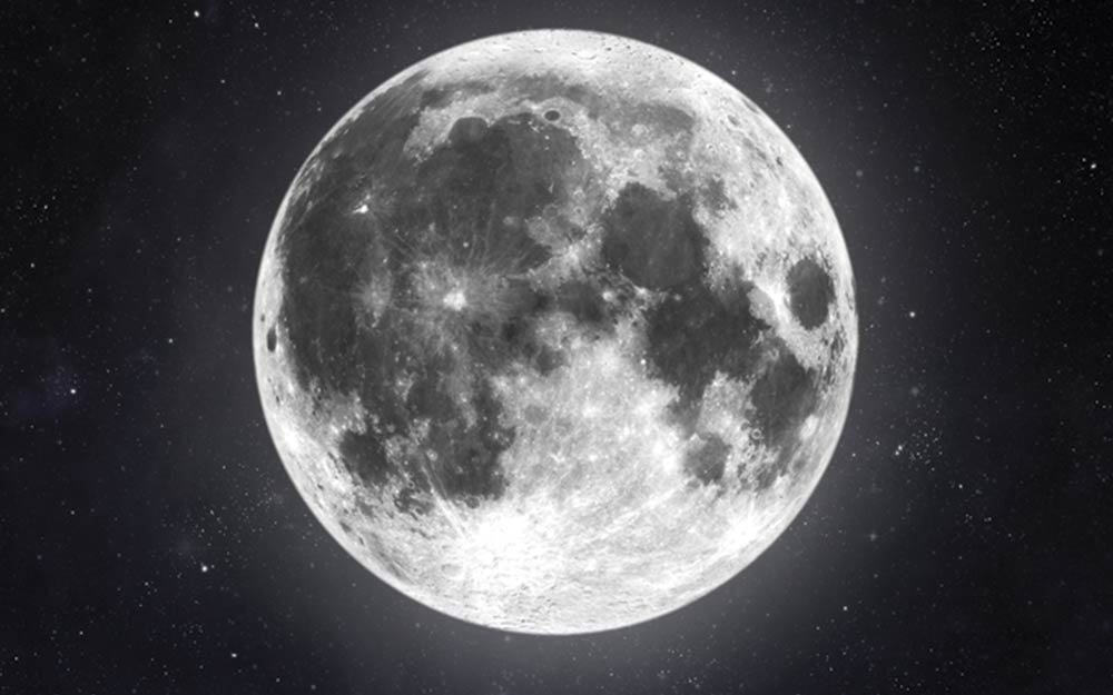ways-a-full-moon-can-mess-with-your-emotions-shutterstock_302844242-skylines-ft